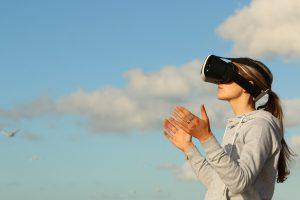 VR虛擬實境未來新趨勢_你不可不知的VR應用領域