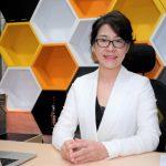 靠一本論文創業!蘇玶瑩化身醫師娘救星,讓診所告別「管理苦海」