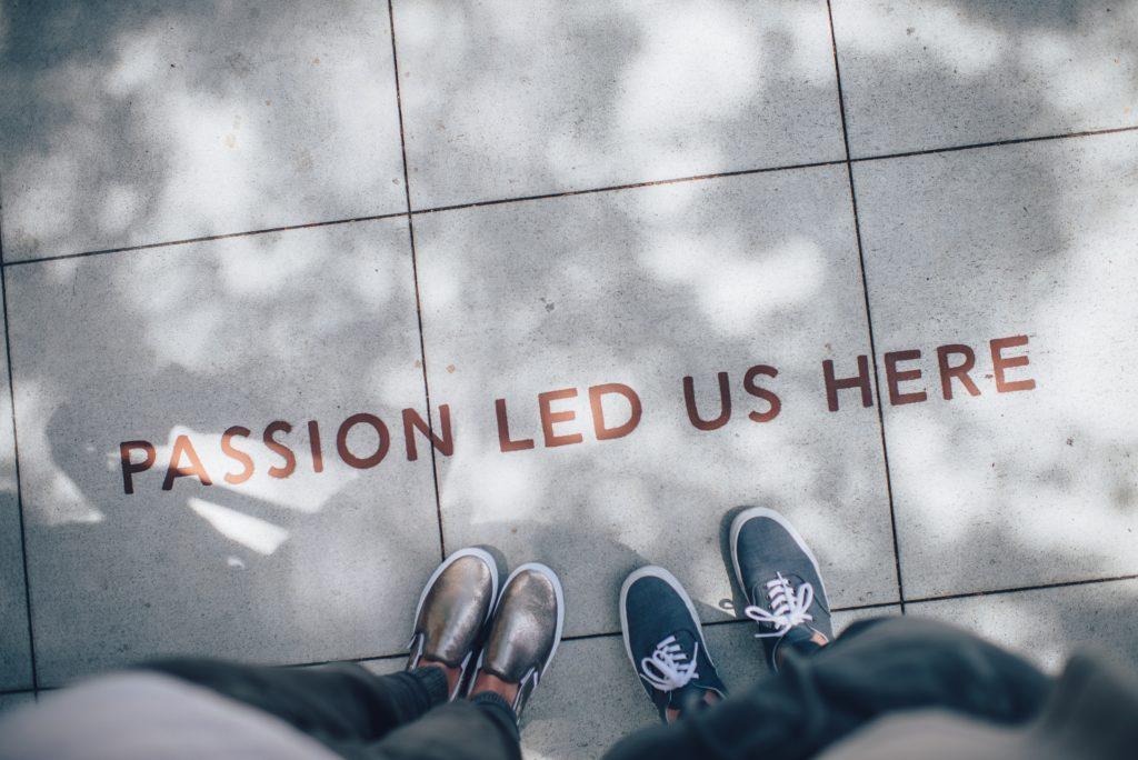 想當行銷人,從行銷自己開始。 Photo by Ian Schneider on Unsplash