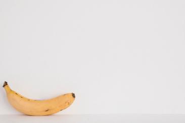 一根香蕉教你的事:跟到對的風 粉專起飛不是夢!