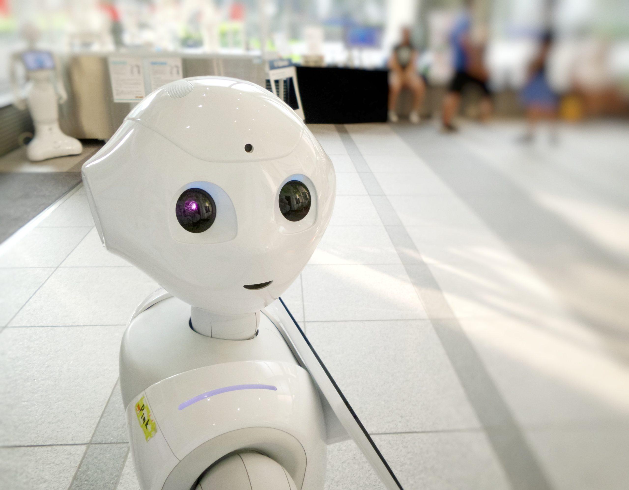 數位時代來臨,科技可以收集到非常多數據,但同時人們也開始擔心AI會取代人力。/圖:Photo by Franck V. on Unsplash
