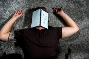 努力工作/努力學習好累